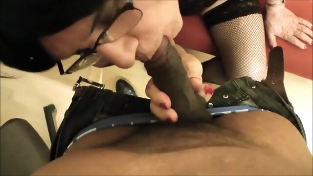 Mature Cd Getting Fucked By Bbc.. amateur big cock crossdressing