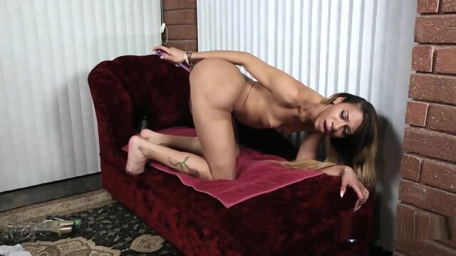 Natalia La Potra solo for BOB'S.. amateur big ass blonde